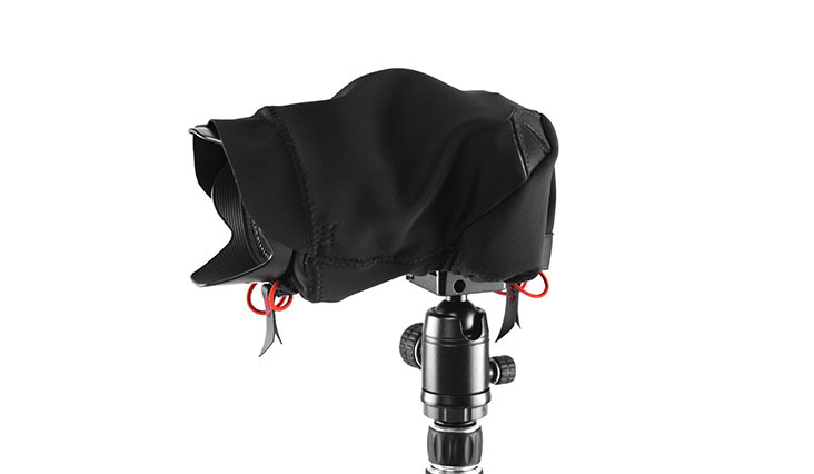 Peak Design Black Shell Form-Fitting Rain and Dust Cover