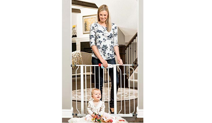 "Regalo Easy Step Walk Thru Gate, White, Fits Spaces between 29"" to 39"" Wide"