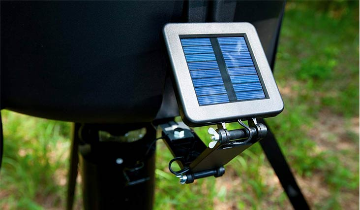 Moultrie 6-Volt Deluxe Solar Panel for Feeders   Trickle Charge   Redesigned Connectors